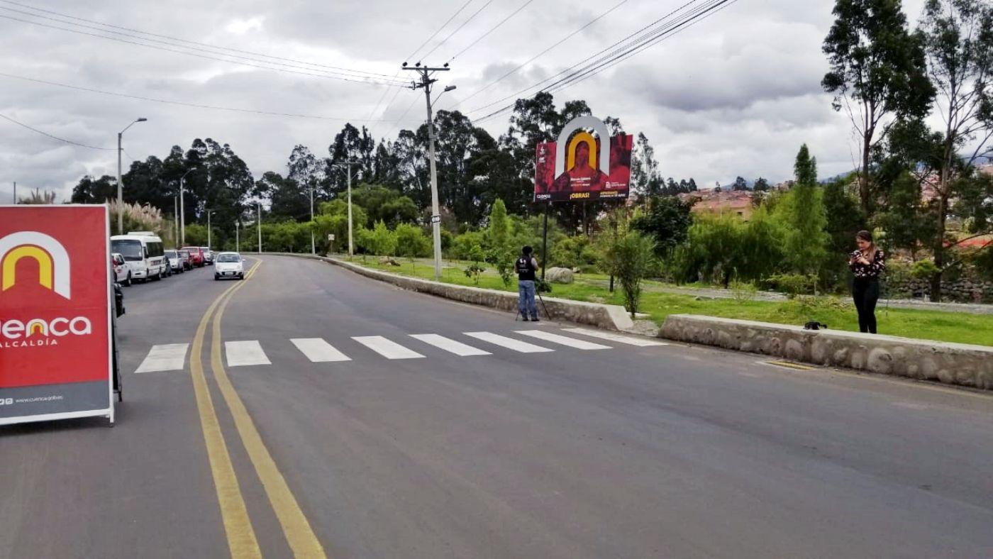 La avenida 24 de Mayo luce renovada tras intervención de Municipio cuencano