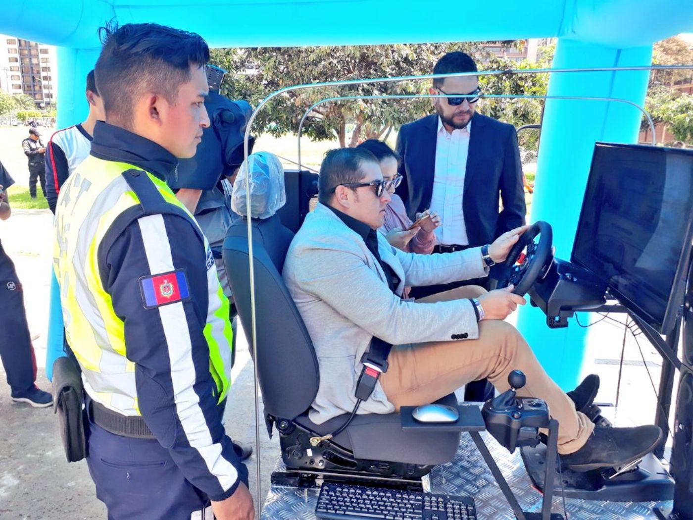 AMT inauguró simulador de manejo