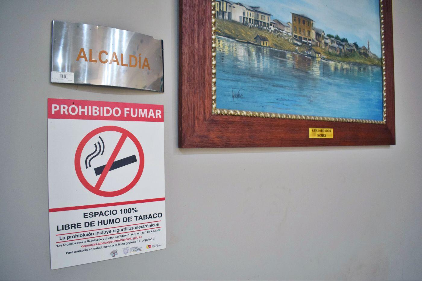 Municipio de Samborondón recibió certificación 100% libre de humo