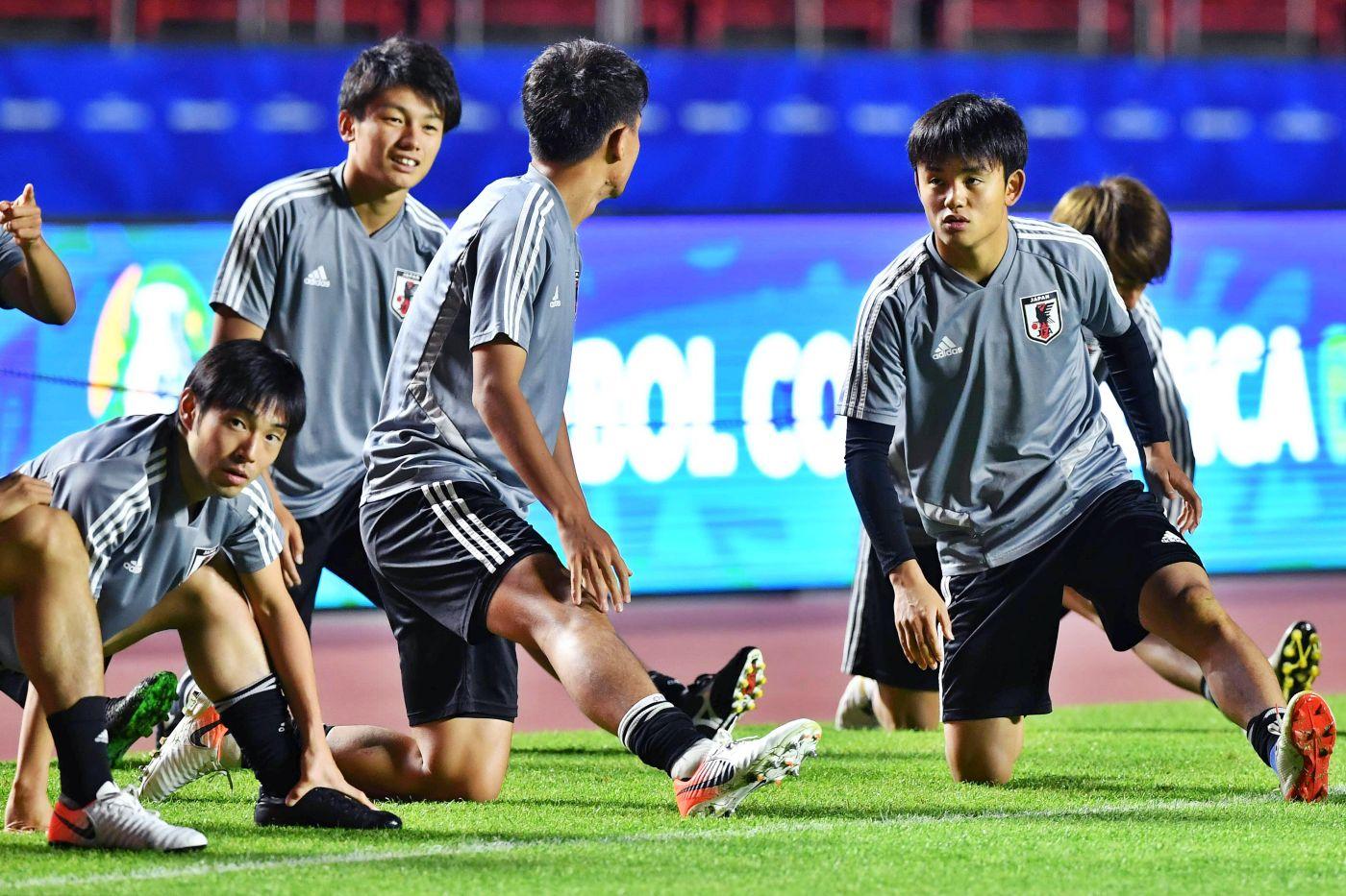 """""""Kubo es el futuro del fútbol japonés"""", dice Shibasaki"""