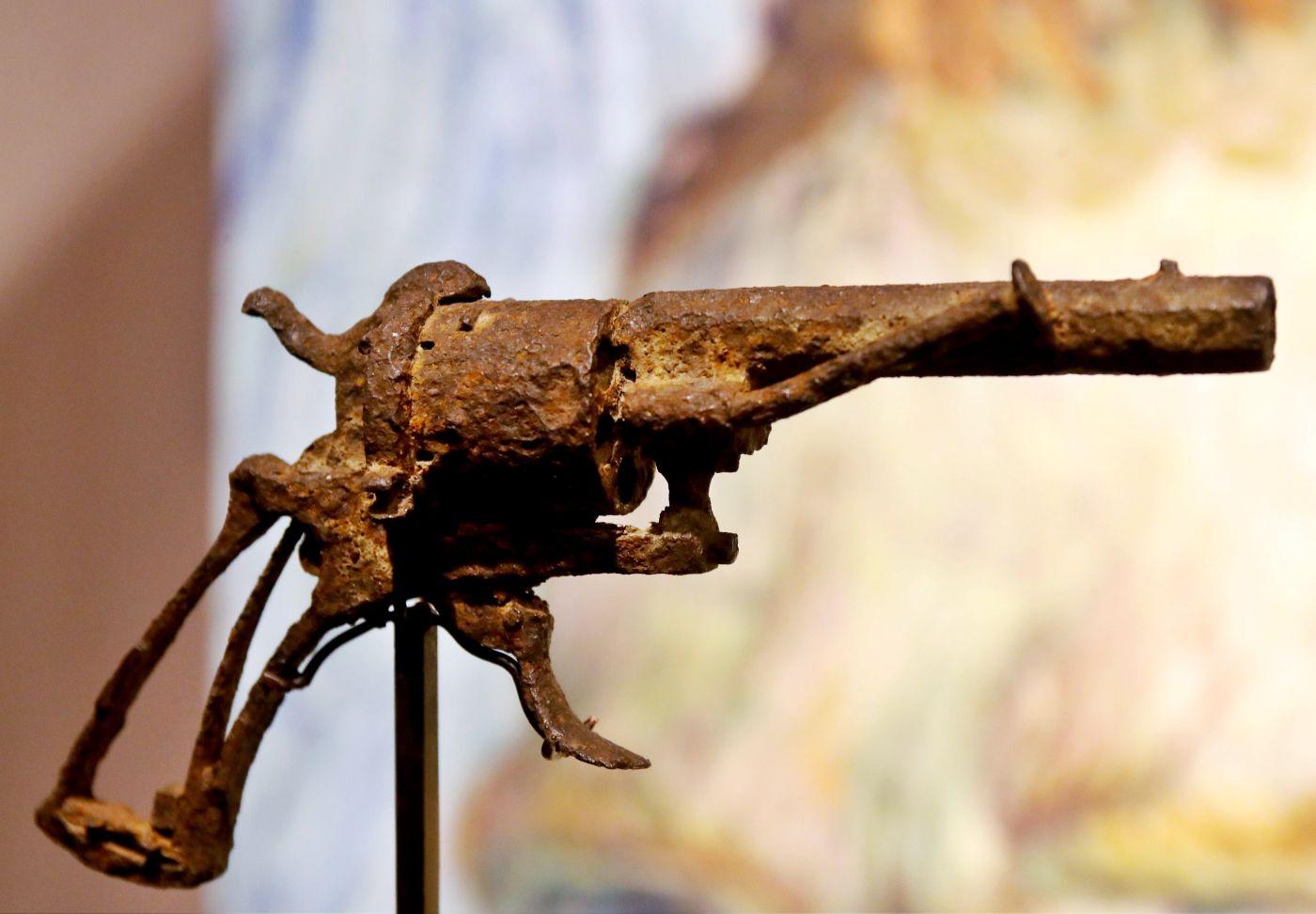 A subasta el revólver con el que se habría suicidado Van Gogh
