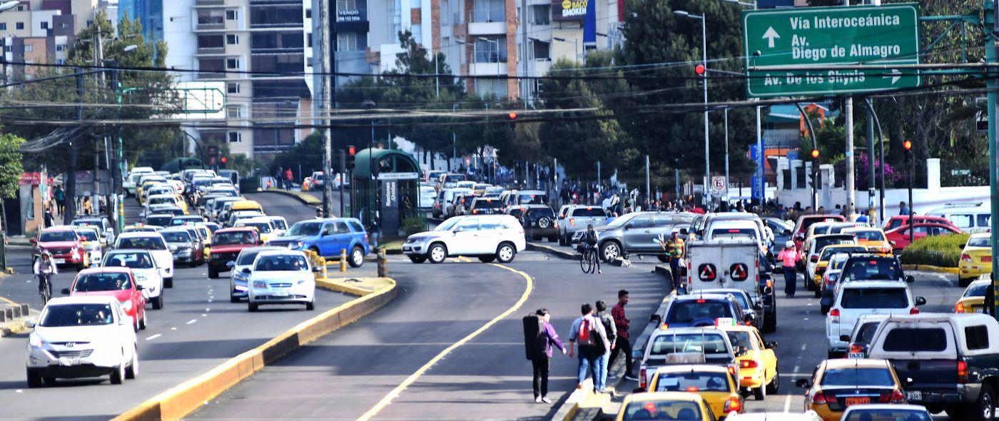 En Quito regresan los salvoconductos para circular por la ciudad y aquí te explicamos cómo sacarlos