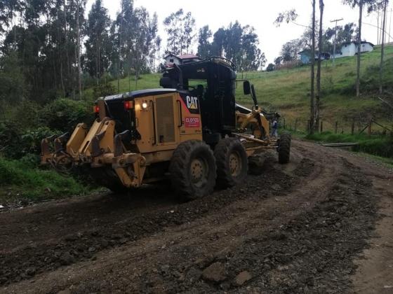 Alcaldía de Cuenca retoma mingas ciudadanas para el mejoramiento vial en sectores rurales