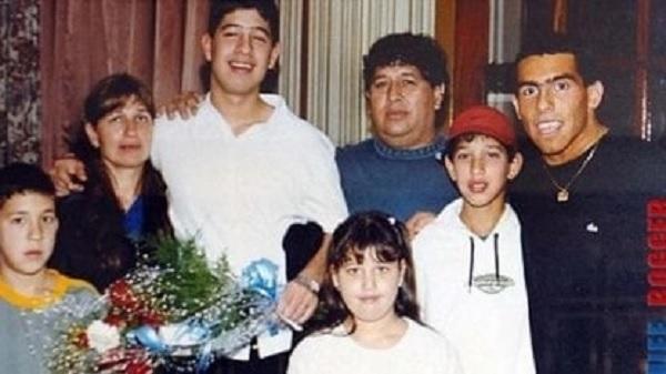 Fallece el padre de Carlos Tévez y lo recuerdan con este valioso ejemplo que formó al hombre más allá del jugador