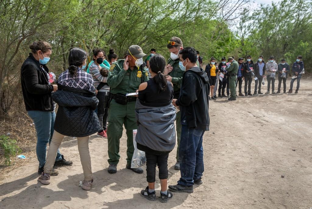 Niños migrantes coronavirus