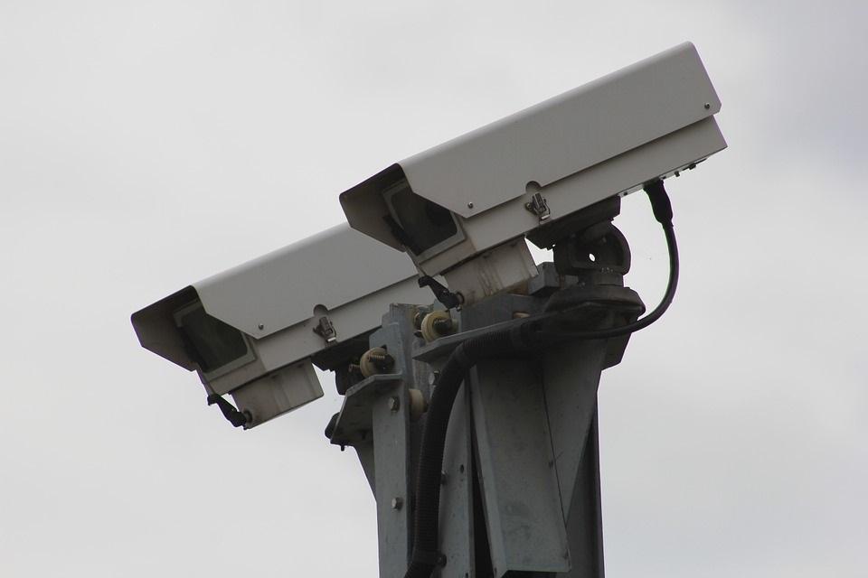 De esta manera puedes convertir tu smartphone en una cámara de seguridad para monitorear tu hogar